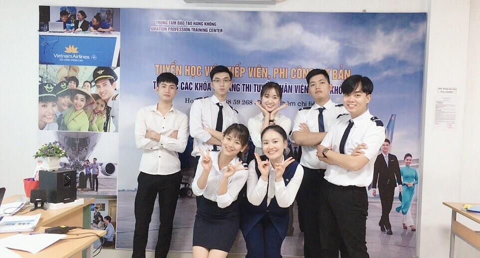 TTrung tâm VNAS - Bí quyết thi trúng tuyển Tiếp viên hàng không