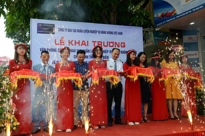 Lễ khai trương  Văn phòng đại diện Công ty VNAS tại Điện Biên
