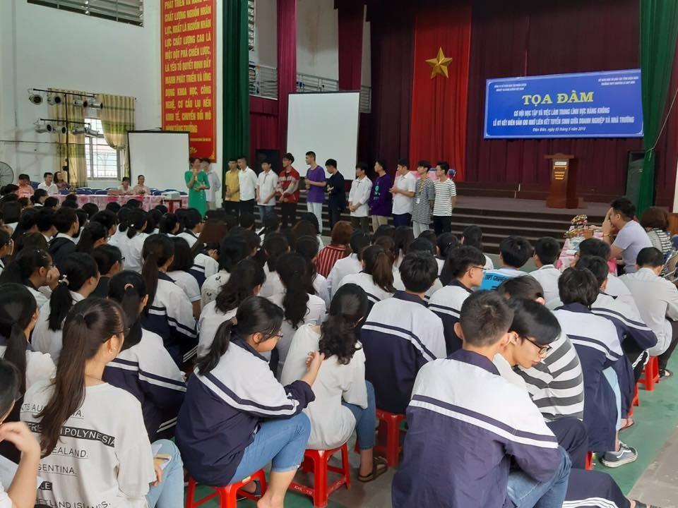 TTọa đàm hướng nghiệp tại Trường THPT Lê Quý Đôn, Điên Biên