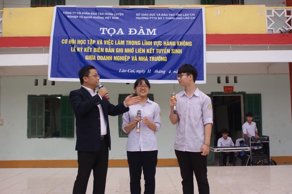 TVNAS  tổ chức Tọa đàm tại Trường PTTH số 1 thành phố Lào Cai