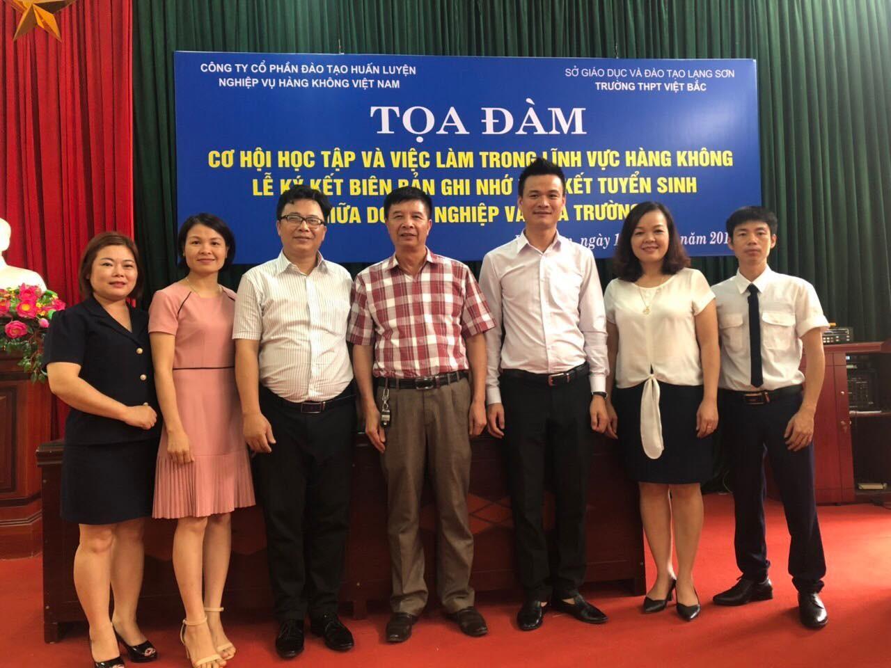 TVNAS phối hợp tổ chức Tọa đàm tại trường THPT Việt Bắc, Lạng Sơn