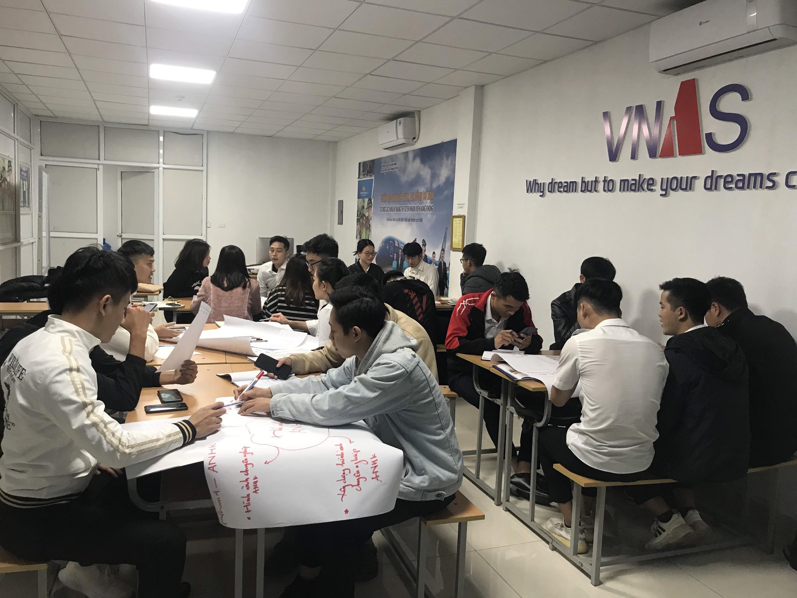 Học tại Trung tâm Đào tạo Hàng không Việt Nam có cơ hội nhập ngành hàng không cao