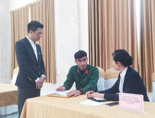 Đem đến cơ hội việc làm ngành hàng không cho quân nhân xuất ngũ và lao động tại thị xã Hoàng Mai (tỉnh Nghệ An)