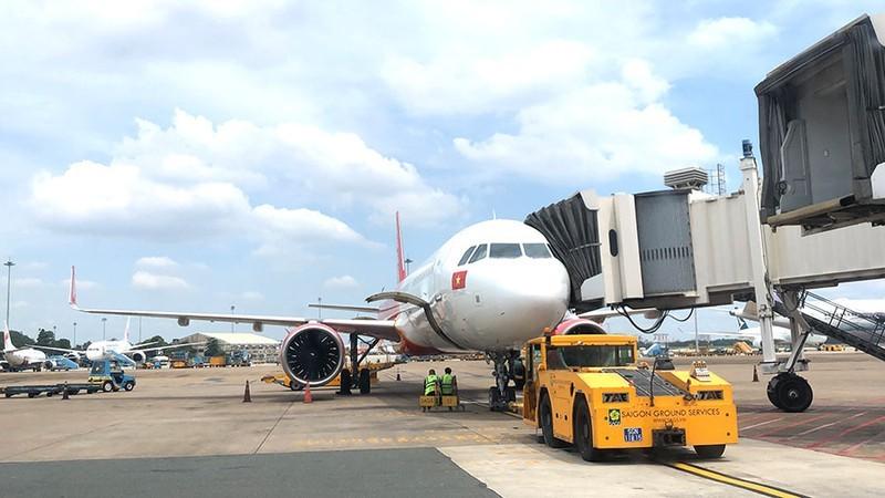 Yêu cầu làm rõ sự cần thiết lập hãng hàng không vận chuyển hàng hóa