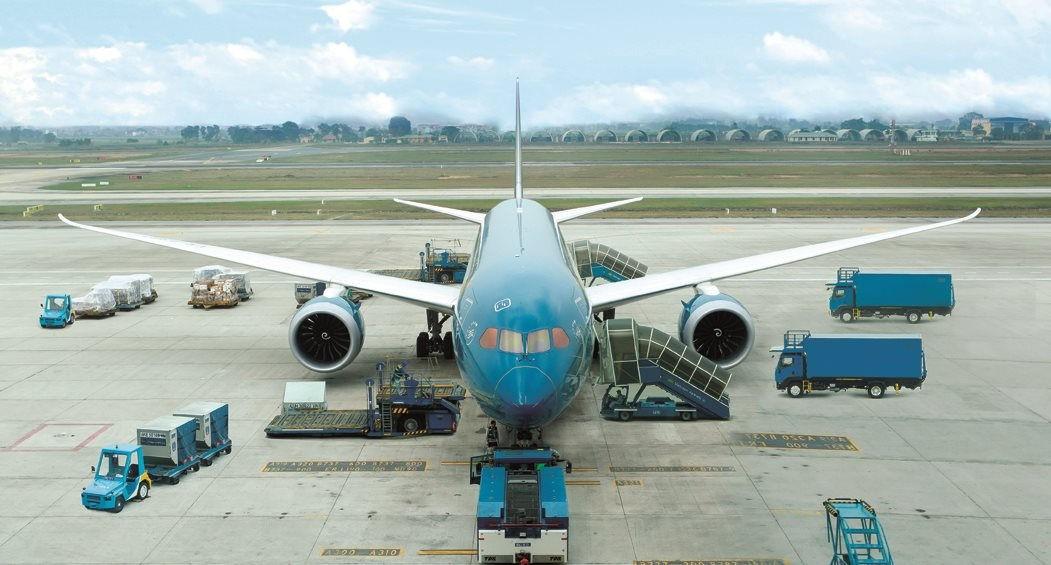 TVietnam Airlines chính thức khôi phục các chuyến bay quốc tế thường lệ