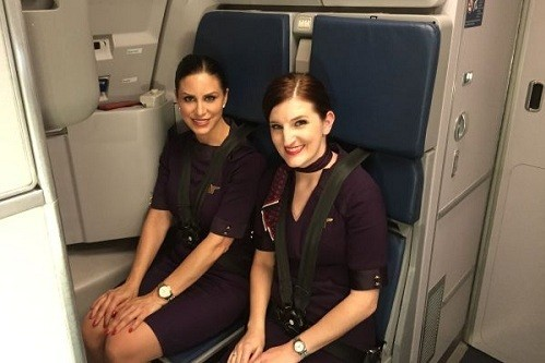 TTiếp viên hàng không Mỹ: Trúng tuyển còn khó hơn đậu Harvard
