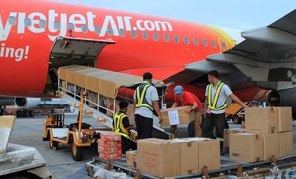 [HOT JOB] Vietjet Air tuyển dụng: Nhân viên chất xếp hàng hóa (Thời vụ 6 tháng) - Sân bay Tân Sơn Nhất