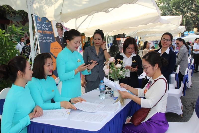 TVNAS  cùng 30 doanh nghiệp tham gia ngày hội tư vấn và giao dịch việc làm tại quận Hoàn Kiếm
