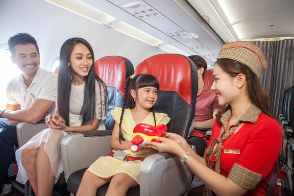 TChuẩn bị cho chuyến bay cùng trẻ em