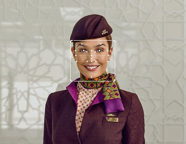 THãng hàng không Etihad Airway thử nghiệm sinh trắc học khuôn mặt cho tiếp viên khi làm thủ tục
