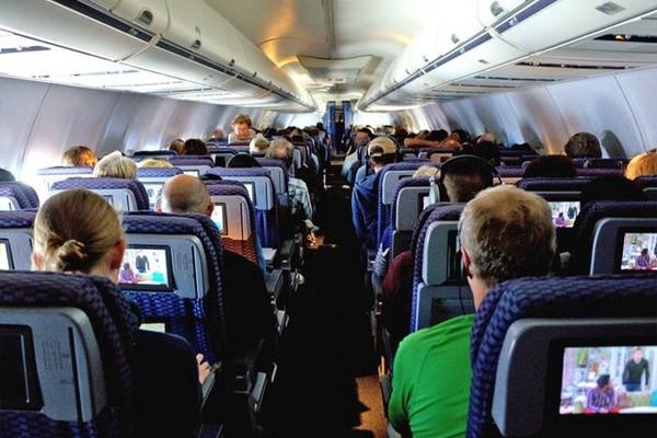 T8 chi tiết quan trọng khách ít để ý trên máy bay