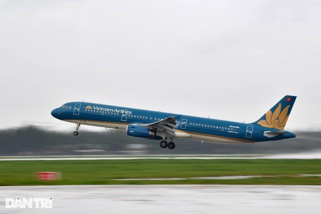 Vietnam Airlines rao bán 11 chiếc máy bay Airbus