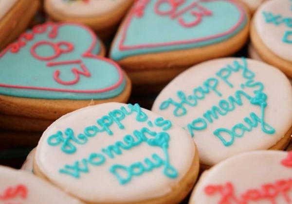Những chiếc bánh đặc biệt trên chuyến bay chở yêu thương