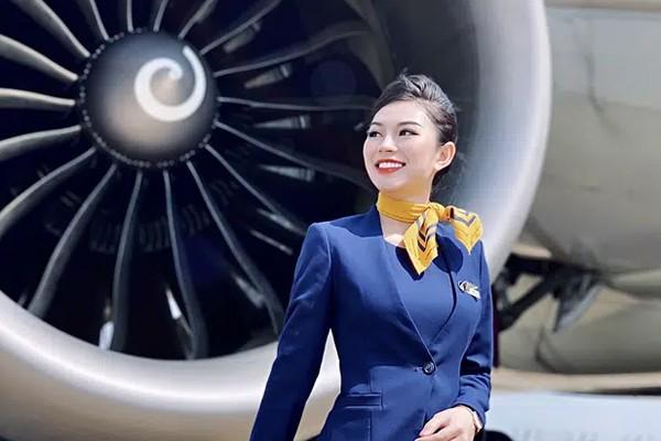 TTiếp viên hàng không kể chuyện nên duyên với chàng cơ phó nhờ Facebook, hé lộ mức lương xứng đáng với công việc trong mơ