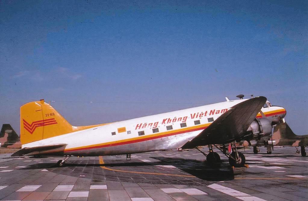 Xem cách người Sài Gòn xưa đi máy bay như thế nào?