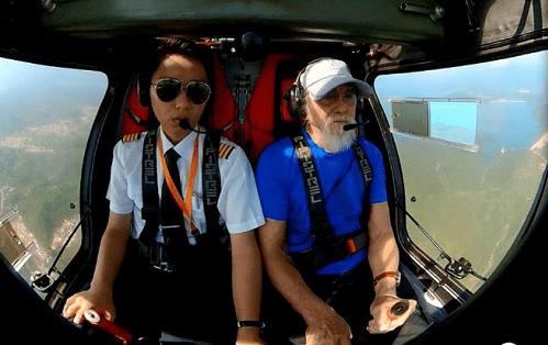 T'Cụ ông đẹp lão nhất Trung Quốc' trở thành phi công ở tuổi 85